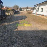 Pre rodinné domy, Rosina, 1217 m²