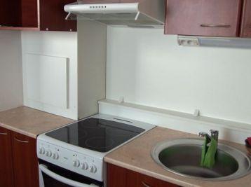 Prenájom 1 izb.zrekonštruovaného bytu s čiastočným zariadením, Hviezdna ulica, Šamorín