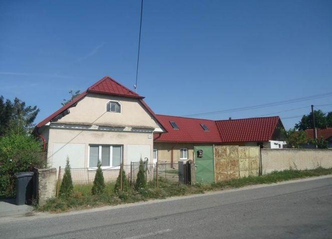 Rodinný dom - Vrbovce - Fotografia 1