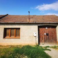 Rodinný dom, Vištuk, 2000 m², Pôvodný stav