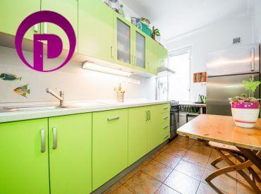 2,5i BYT– BA II: 66 m2, čiastočne zrekonštruovaný, v nádhernom prostredí plnom zelene.