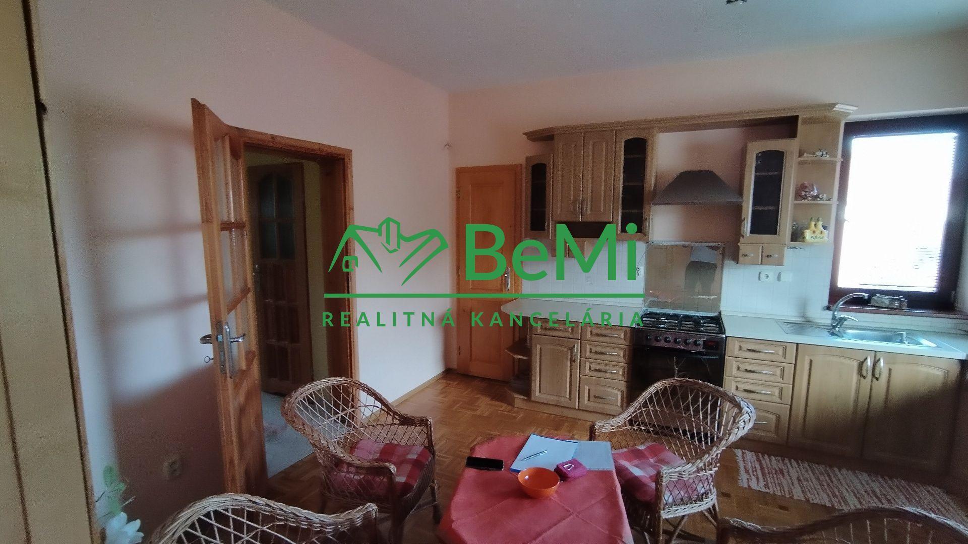 Rodinný dom-Predaj-Madunice-228 000 €