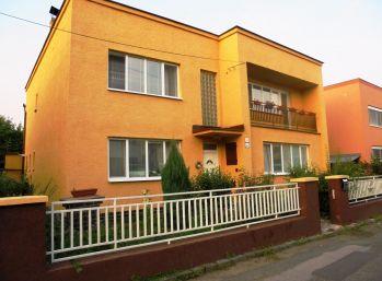 KOZÍ POTOK - RD 220 m2 - DVOJPODLAŽNÝ-DVOJGENERAČNÝ  2 x balkón, TERASA, dvoj-garáž