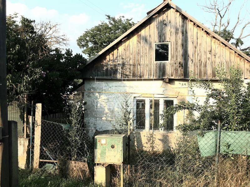 Rodinný dom-Predaj-Hronovce-19 000 €