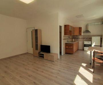 1 izbový byt na predaj, centrum mesta Liptovský Mikuláš