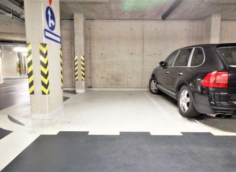 PRENAJATÉ garážové parkovacie státie v komplexe STEIN na Blumentálskej ulici