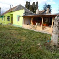 Rodinný dom, Levice, 110 m², Čiastočná rekonštrukcia