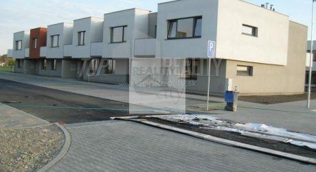 1 - izbový byt novostavba ihneď k nasťahovaniu - obec Hviezdoslavov