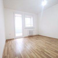 2 izbový byt, Bratislava-Dúbravka, 62 m², Kompletná rekonštrukcia