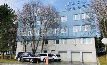 Malé, stredné, veľké priestory - široký výber a výhodné podmienky / 15-300 m2, budova Allianz, Záhradnícka ulica, Prievidza