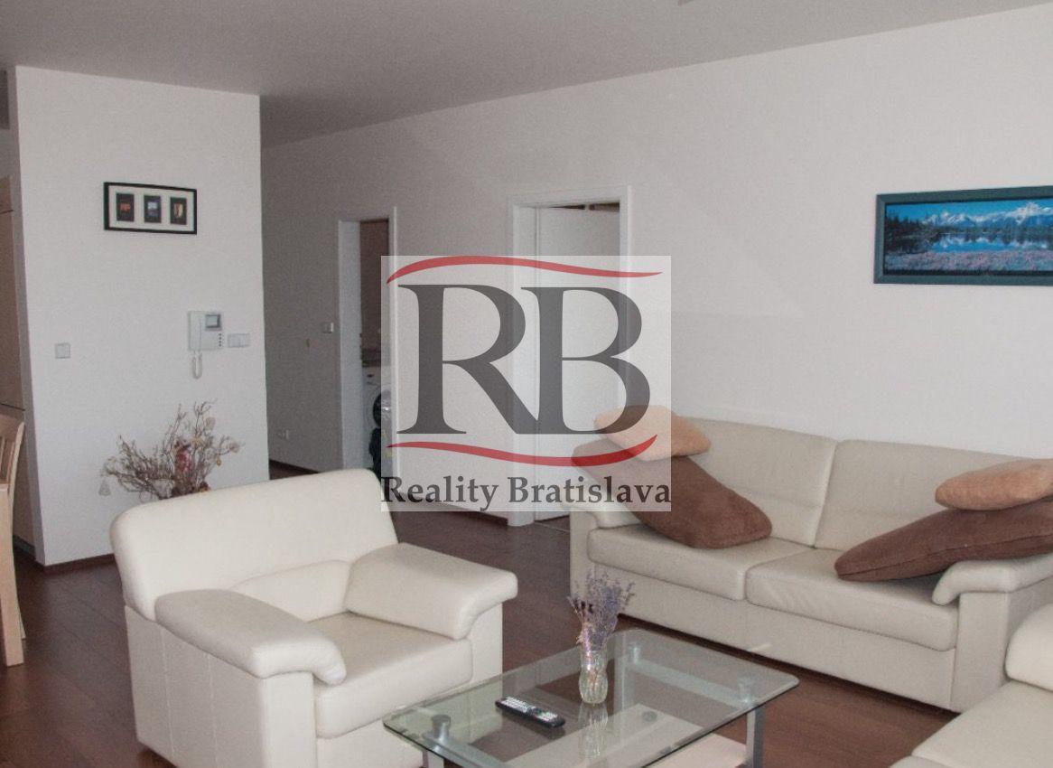Iný-Prenájom-Bratislava - mestská časť Nové Mesto-650 €