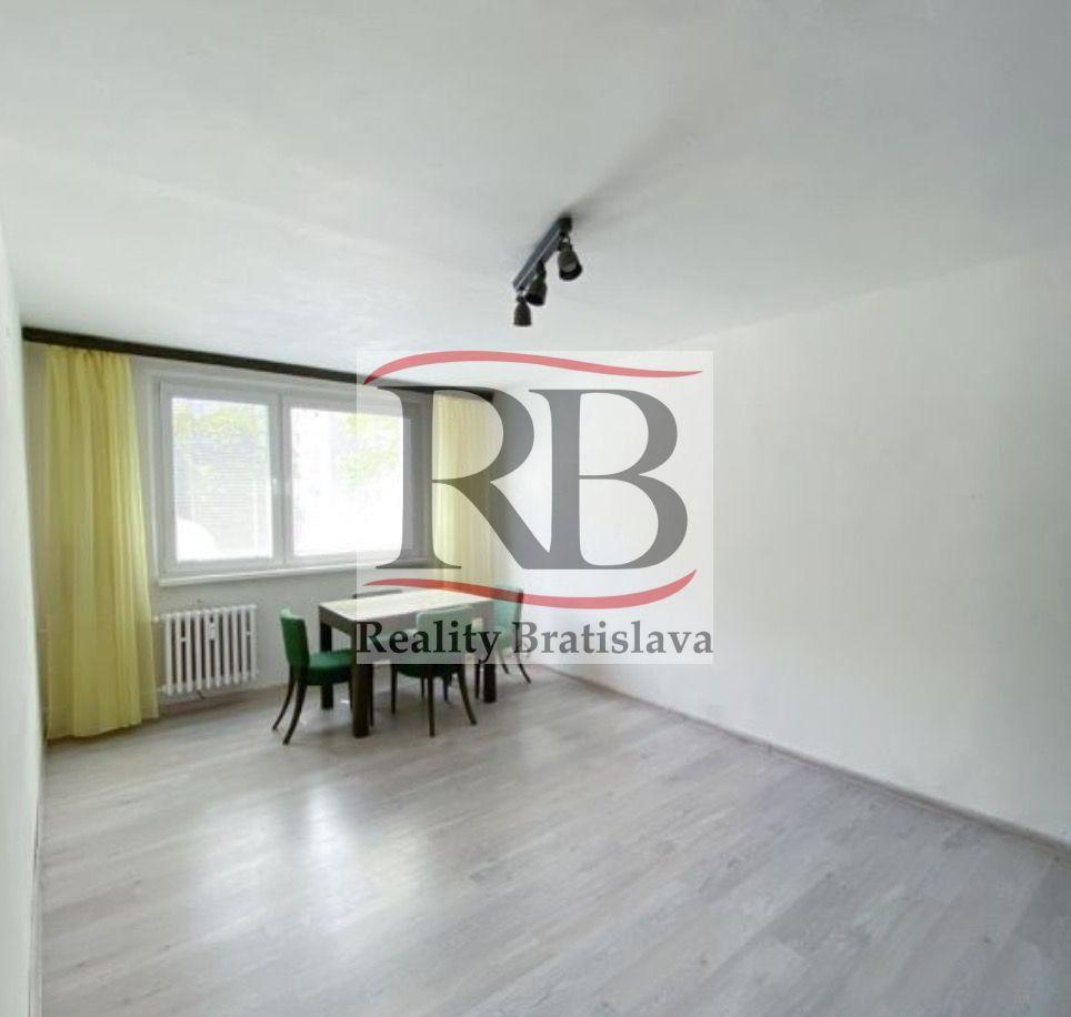 Iný-Predaj-Bratislava - mestská časť Petržalka-158 000 €