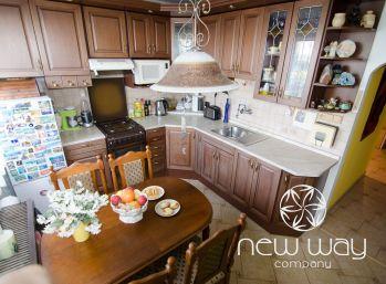 REZERVOVANÝ- 3 izbový byt s garážou a vlastným kotlom- Kysucká , Senec -  155 000,-eur