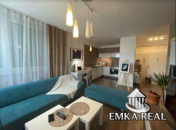 LUXUSNÝ komplet zariadený 2 izb. byt s park. státim v cene - Pezinok - Silvánova ulica