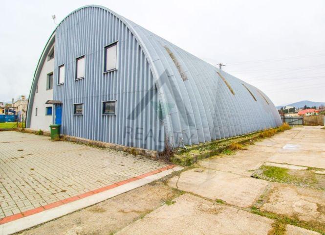 skladovacie - Kysucké Nové Mesto - Fotografia 1