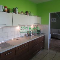 3 izbový byt, Zlaté Moravce, 74 m², Kompletná rekonštrukcia