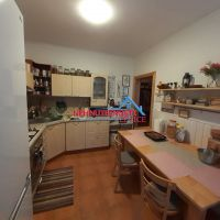 3 izbový byt, Levice, 82 m², Čiastočná rekonštrukcia