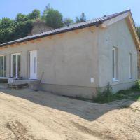 Rodinný dom, Levice, 73 m², Vo výstavbe