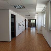 Kancelárie, Bratislava-Ružinov, 14 m², Čiastočná rekonštrukcia