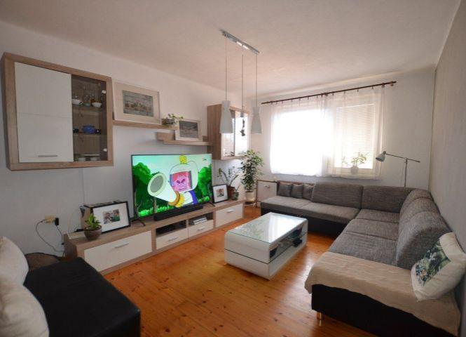 3 izbový byt - Levice - Fotografia 1