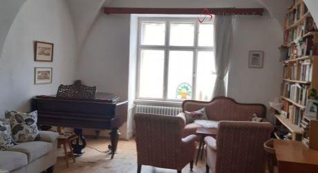 Predaj 3 izb. rodinného domu s atmosférou vinohradníckych domov v centre Svätého Jura