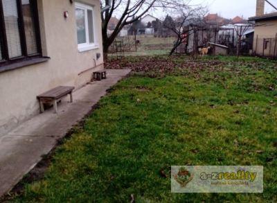 3024 Na predaj rodinný dom s pozemkom v Nesvadoch