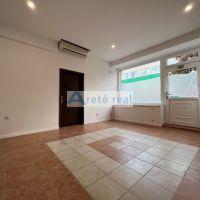 Obchodné, Pezinok, 50 m², Pôvodný stav