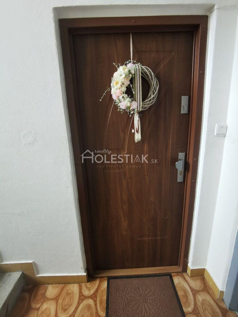 Iný-Predaj-Rajec-97800.00 €