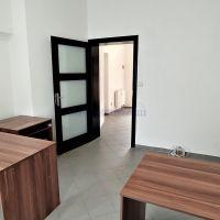 Administratívna budova, Lučenec, 25.50 m², Kompletná rekonštrukcia