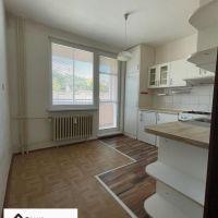 3 izbový byt, Skalica, 74 m², Pôvodný stav