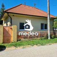 Rodinný dom, Hosťová, 105 m², Kompletná rekonštrukcia