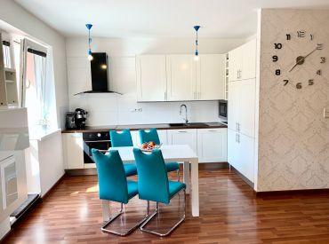 PRENAJATÉ 2-izbový byt plný energie s veľkorysou terasou