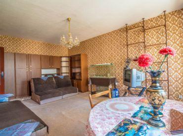 -REZERVOVANÉ- Na predaj slnečný 1-izbový byt s lodžiou, 44 m², BA – Vrakuňa