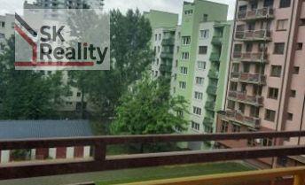2-izbový 81 m2 byt na Záhradníckej ul. v BA + garáž k tomu za 35000,- E