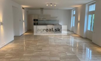 4-room apartment in new luxury project Hlboka 7 with parking