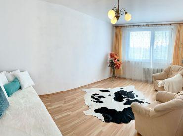 Priestranný 1-izbový byt so samostatnou kuchyňou