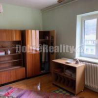 3 izbový byt, Salgótarján, 83 m², Čiastočná rekonštrukcia