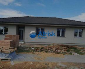 Novostavba 4-izbového rodinného domu v Dunajskej Strede-súčasť dvojdomu