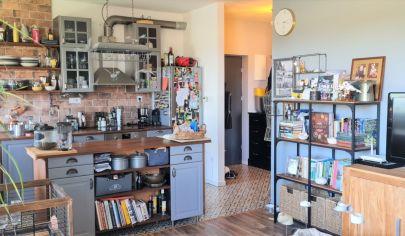 Predaj – Výborný 3 izbový byt s balkónom v novostavbe – Nyársfa ut. – Rajka. Top ponuka !