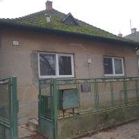 Rodinný dom, Selice, 100 m², Pôvodný stav