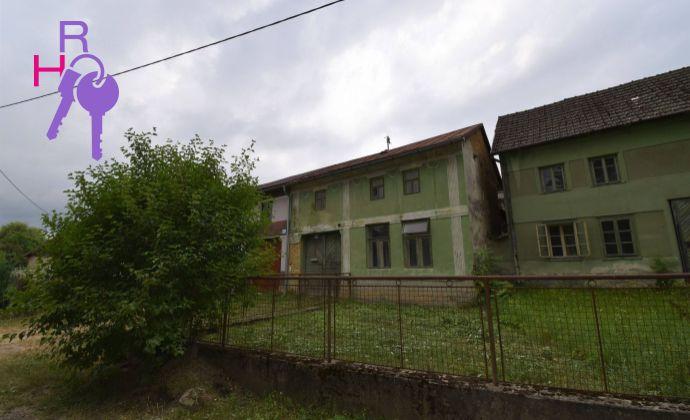 Rodinný dom v pôvodnom stave v krásnej oblasti Bzince pod Javorinou na predaj