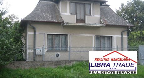 Ponúkame na predaj rodinný dom v obci Malá nad Hronom.