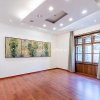 Historické objekty, 1128 m², Čiastočná rekonštrukcia