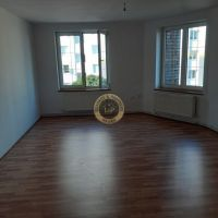 3 izbový byt, Kysucké Nové Mesto, 93.30 m², Čiastočná rekonštrukcia