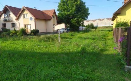 Exkluzívne na predaj pekný pozemok v obci Príbovce