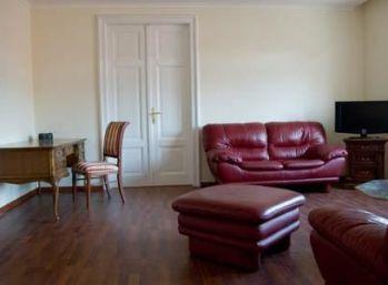 BA I. Staré mesto - 3 izbový zariadený byt na Mickiewiczovej ulici