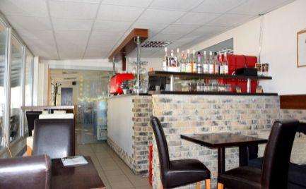 DMPD real Vám ponúka na odstúpenie zabehnutú prevádzku kaviarne na námestí v centre mesta Prievidza.