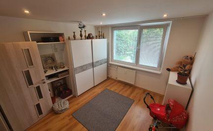 REZERVOVANÝ - 3izb byt s garážou a zariadením