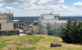 Stavebný pozemok Lopúchová - Strážna - Koliba 1300 m2