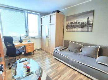 Ponúkame na predaj 2 izbový byt po kompletnej rekonštrukcii pri centre